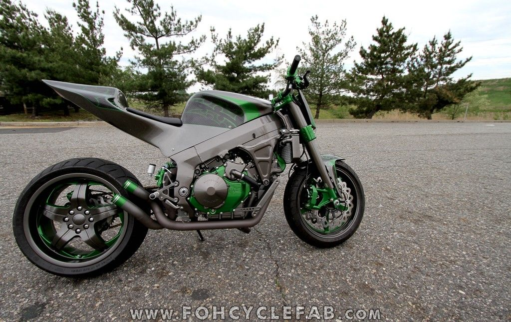 Honda RC51 Custom Streetfighter by FOH Cycle Fabrication