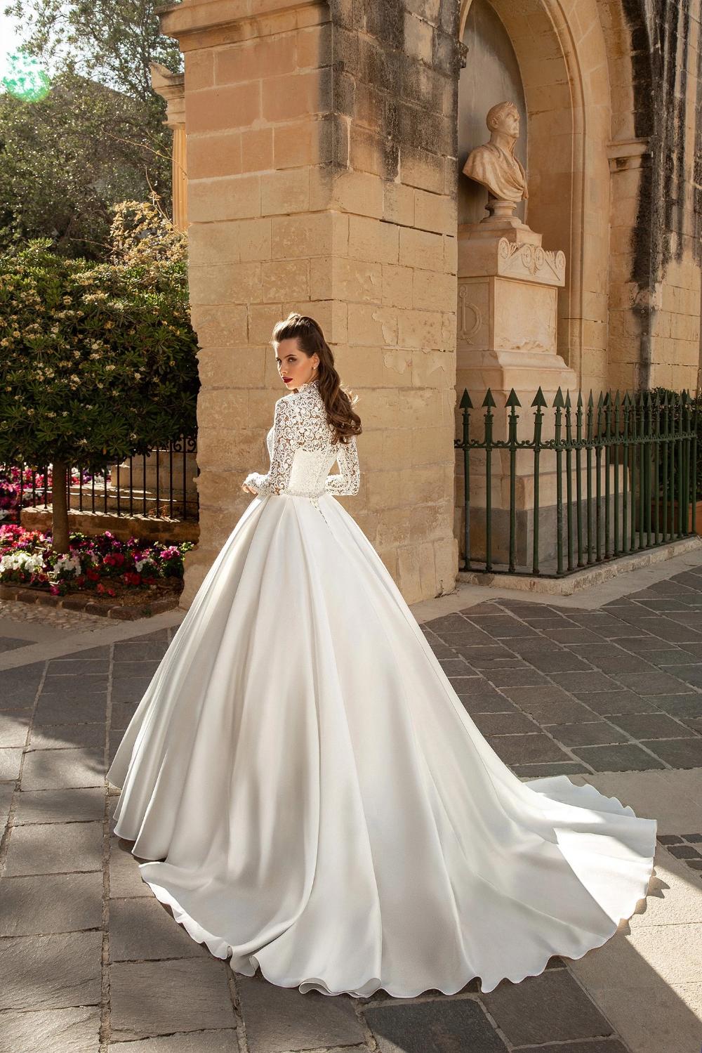 Loren Ivory High Neckline Long Sleeve Satin Ball Gown Wedding Dress Kc Haute High Neck Wedding Dress Ball Gown Wedding Dress Long Sleeve Satin Wedding Dress [ 1499 x 1000 Pixel ]
