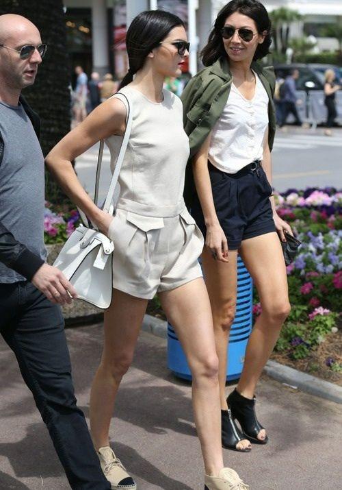 Simple And Cute Fashion For Fashion Kardashians Jenners