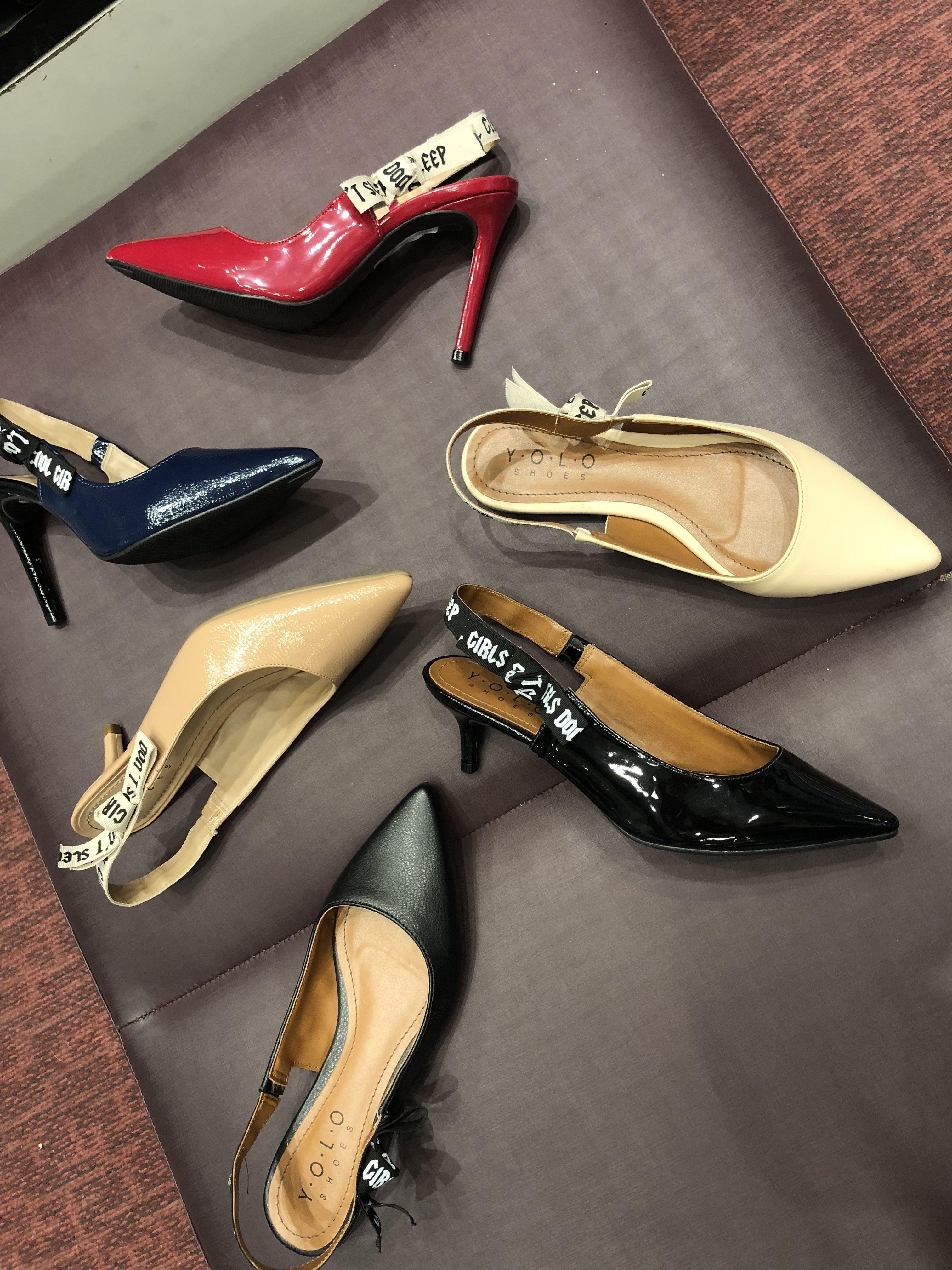 9ed6c84fc2 Tendência sapatos verão 2019. Estilo. Moda feminina. Inspiração Chanel.  Primavera verão.