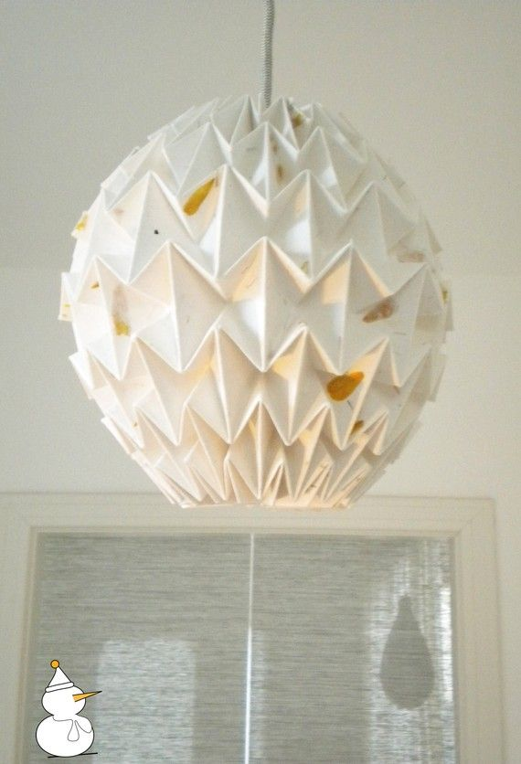 Cotton Paper Origami Lamp Shade Might Be Worth A Diy Since There S A Tutorial Origami Lampshade Origami Lamp Origami Paper Art