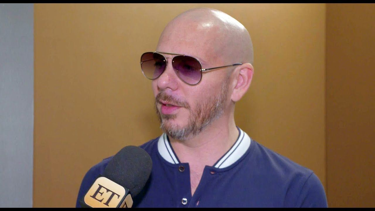 Pitbull Hopes Kobe Bryant S Tragic Death Inspires A Movement To Live Life To The Fullest Exclu Https Www Youtube Com Watch V Deb8 In 2020 Kobe Bryant Kobe Bryant