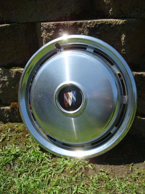 Vintage BUICK Hub Cap Wheel Cover 15 1/4