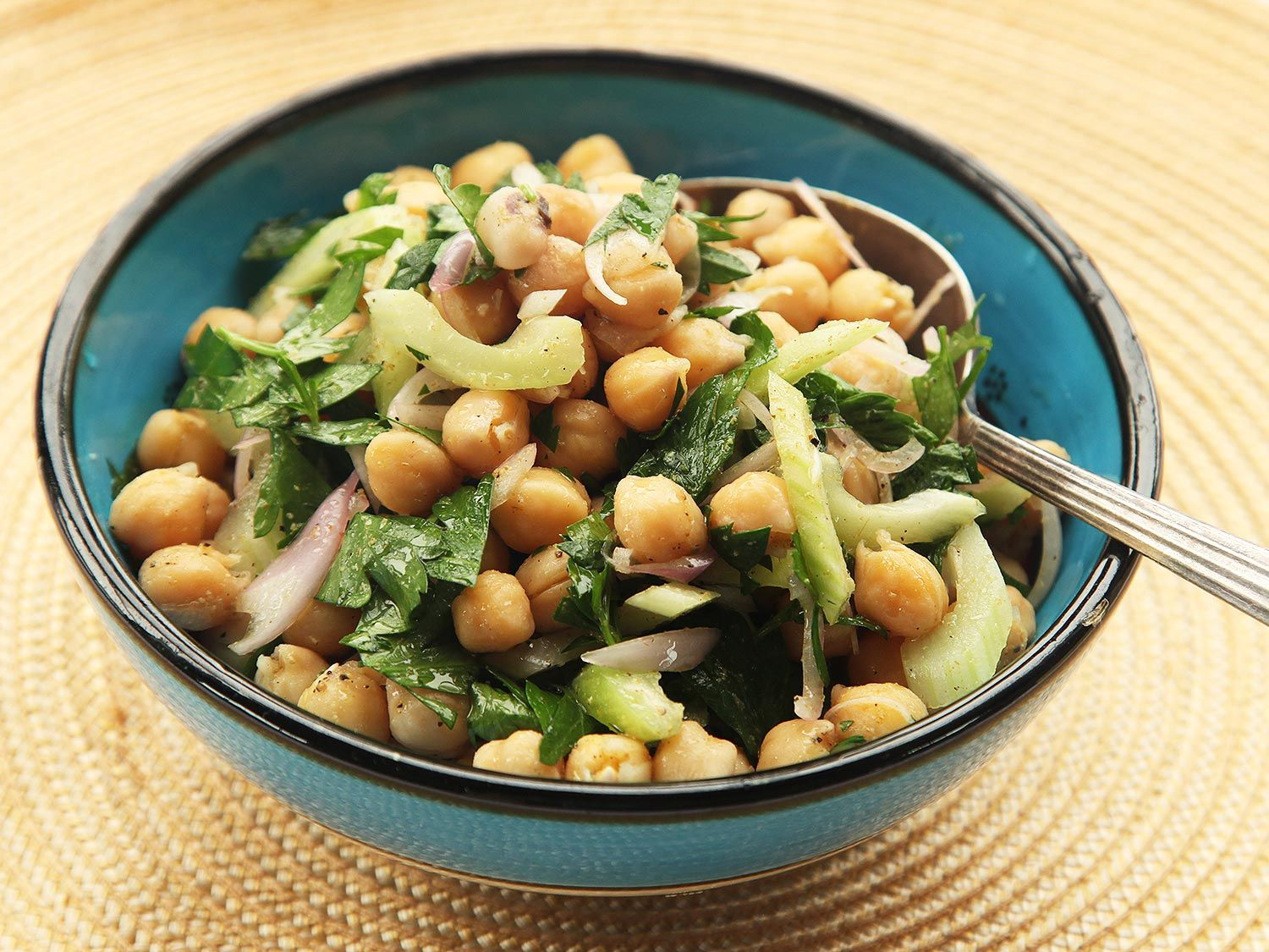 This make-ahead chickpea salad is even better the next day.