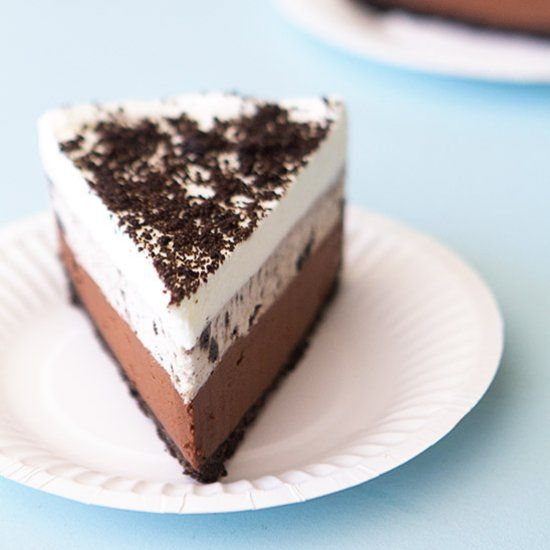 Oreo Silk Pie ~ The ultimate rich and creamy no-bake dessert!