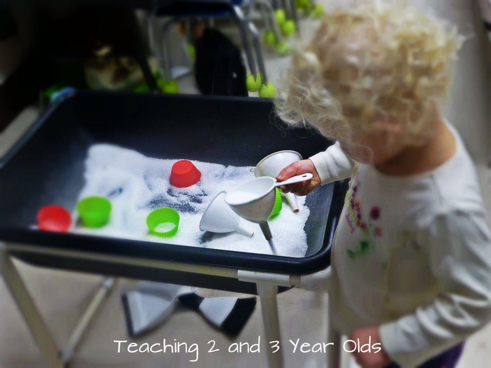 Teaching 2 and 3 Year Olds: Epsom Salt Sensory Table