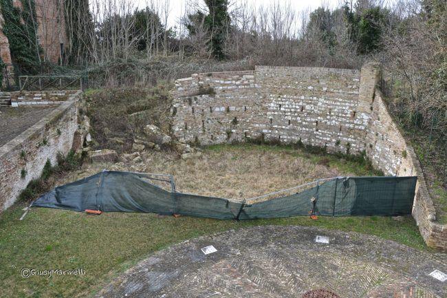 La Rocca Sangallo perde pezzi servono 26 milioni per il restauro | Cronache Ancona https://t.co/MINEUu7RiO https://t.co/0qO1DjCXqr