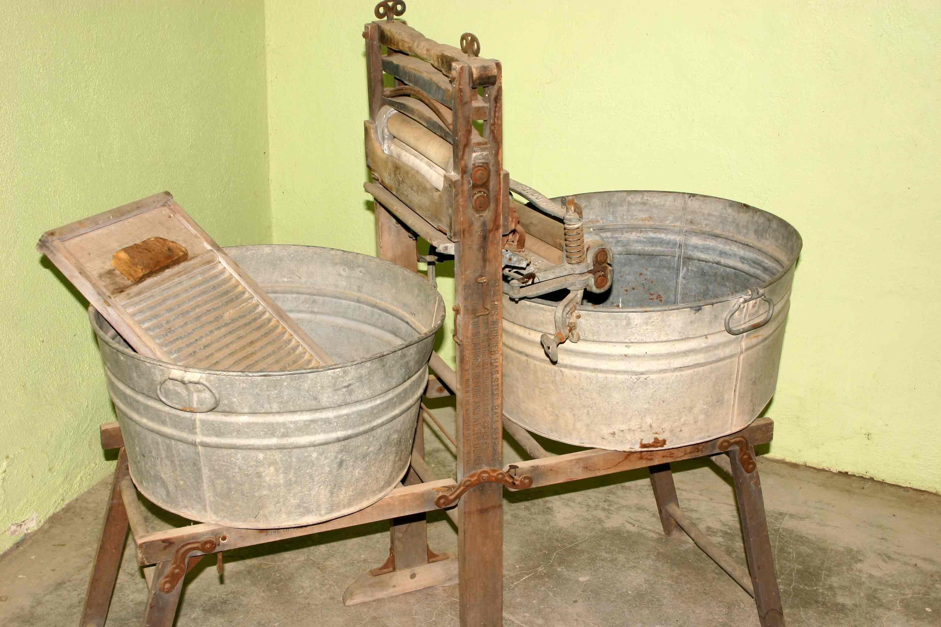 Crisis Laundry Management The Provident Prepper Antique Washing Machine Electric Washing Machine Vintage Laundry