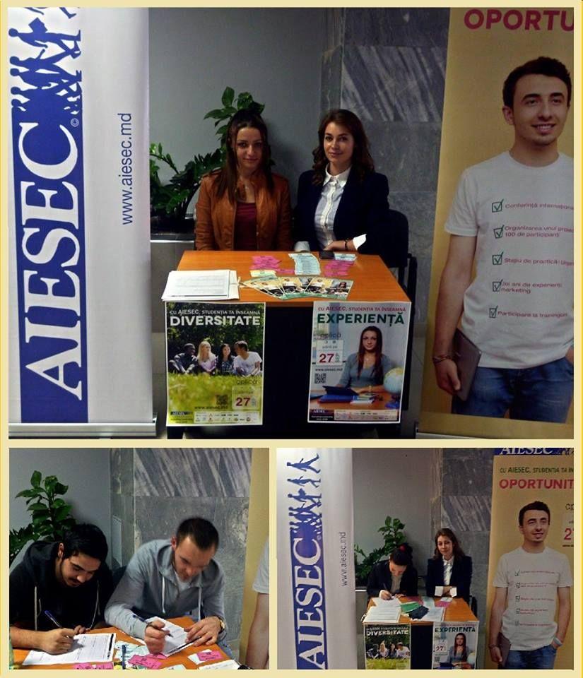Alina, Elena și potențialii membri AIESEC la măsuța de informare din USM. www.chisinau.aiesec.md