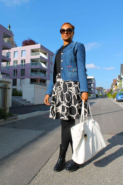 urban chic // jacket: @Dolce & Gabbana / skirt: @H&M / bag: @Armani Exchange