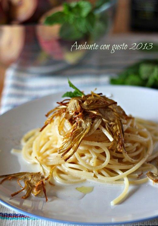 Spaghetti Cacio e pepe ai carciofi (Cheese and pepper spaghetti with artichokes)