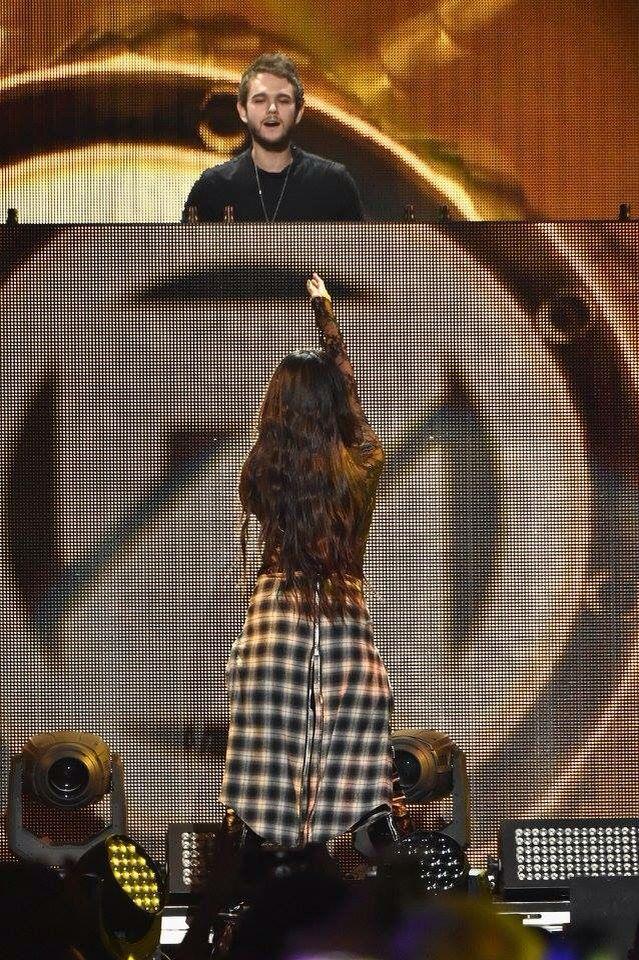 Selena Gomez Jingle Ball 2015
