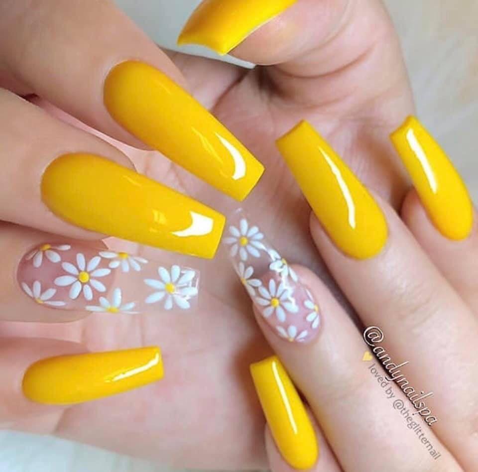 Pin By Lidya Anggie On Nails Yellow Nails Design Acrylic Nails Yellow Sunflower Nails