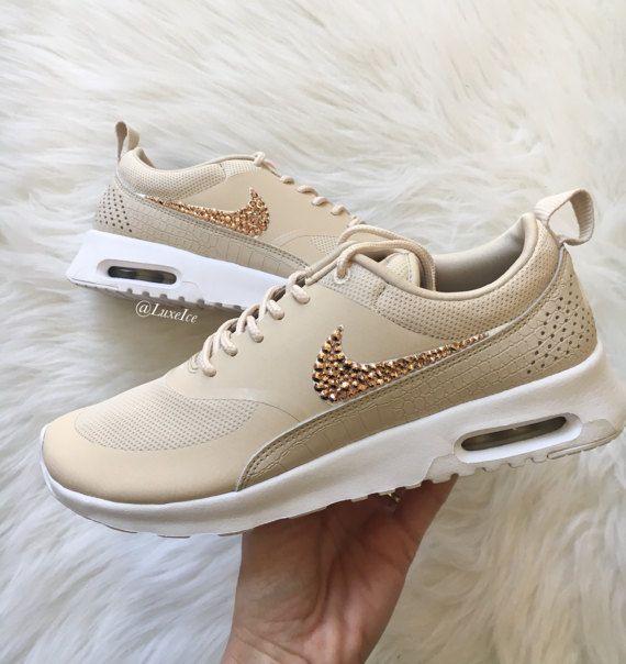 sports shoes 8c38c f03ae Nike Air Max Thea-Haferflocken Segel weiß von ShopLuxeIce auf Etsy