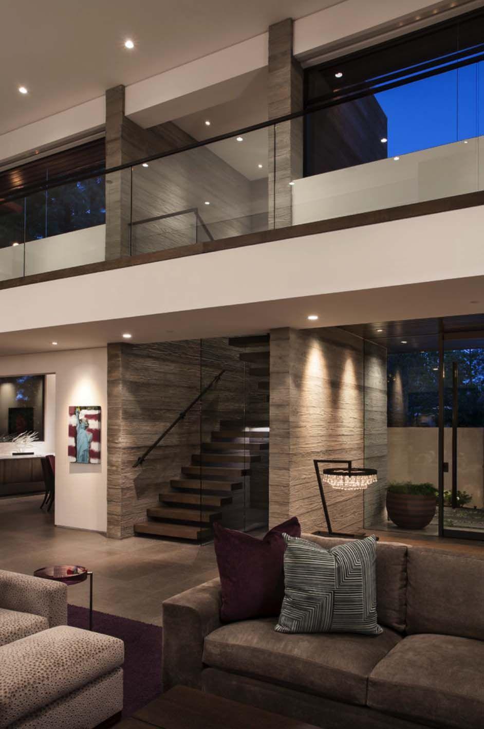 Modest Facade Reveals Sumptuous Interiors In Corona Del Mar Modern House Design Contemporary House Dream Home Design