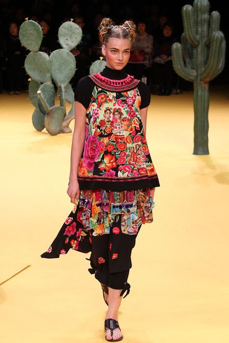 Famous mexican fashion designers 65