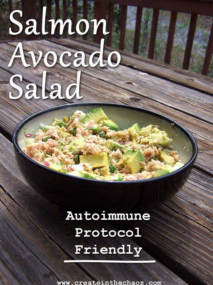 Delicious salmon avocado salad that's autoimmune protocol friendly #aip www.createinthechaos.com