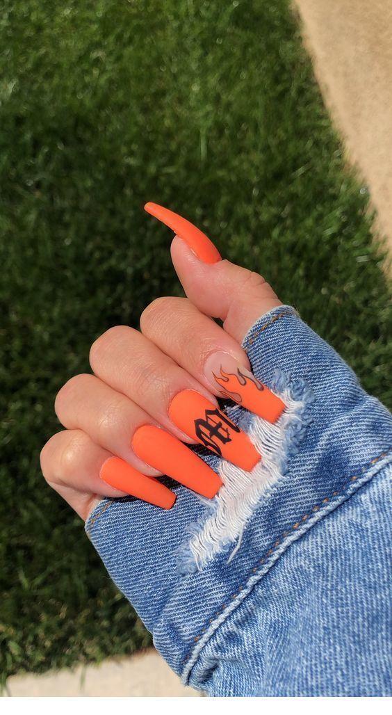 Orange Coffin Nails Chicladies Uk Orange Acrylnagel French Tip Nails Acrylnagel Chicladiesuk Coffin Fre In 2020 Orange Acrylic Nails Grunge Nails Edgy Nails