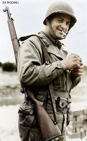American soldier WWII | US Military | American soldiers ...