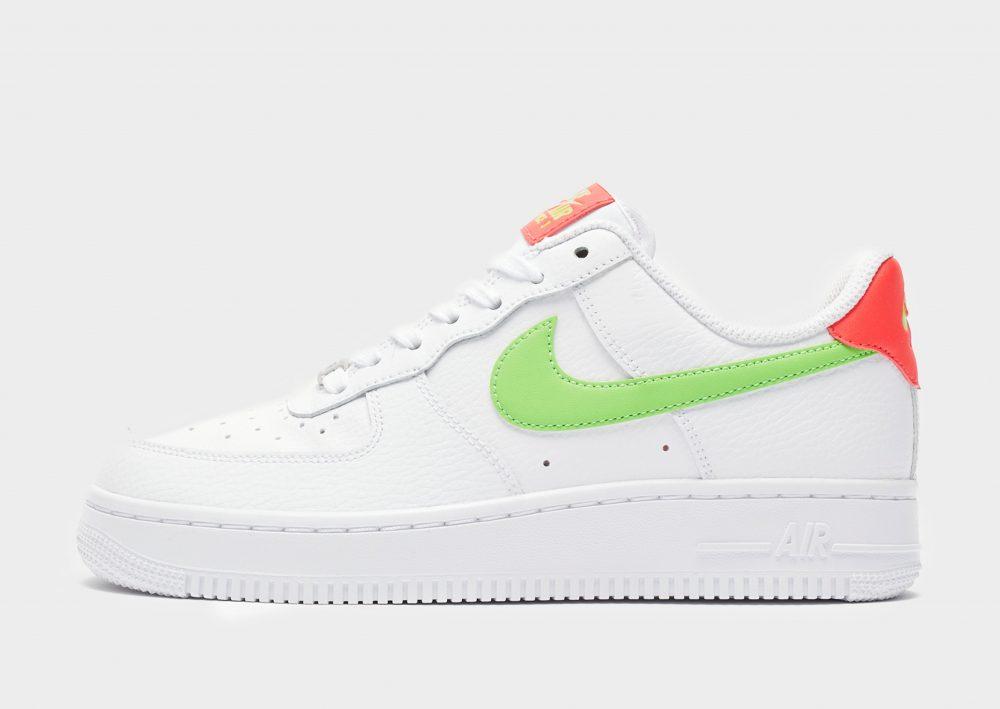 Épinglé sur Nike Air Force 1 Sneakers