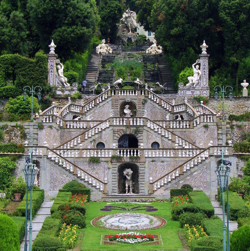 Trieste Apartment Villas: The Garzoni Garden And The Butterfly House In Collodi