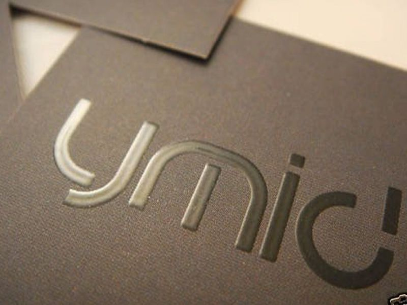 Make Your Brand And Personal Image With Our Standard Embossing Business Cards