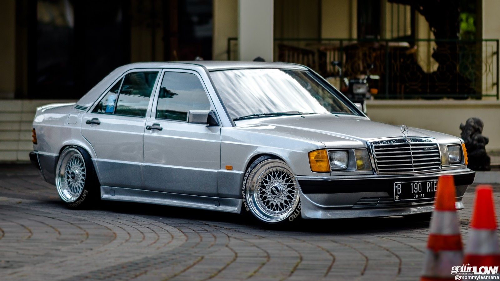 indragoin's Mercedes-Benz W201