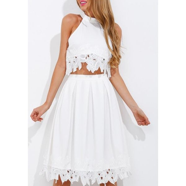 White Lace-Applique High-Neck Crop Top Lookbook Store (79 ILS) ❤ liked on Polyvore featuring tops, crop top, high neck crop top, white top, lace top and white lace top