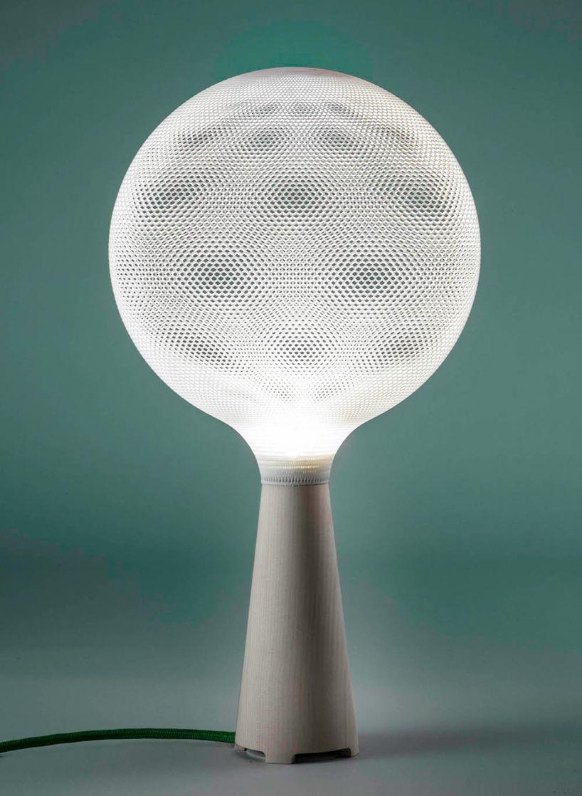 3d Printed Polyamide Lighting Pendants And Table Lamps By Alessandro Zambelli For Exnovo Disenos De Unas Iluminacion Diseno De Luces