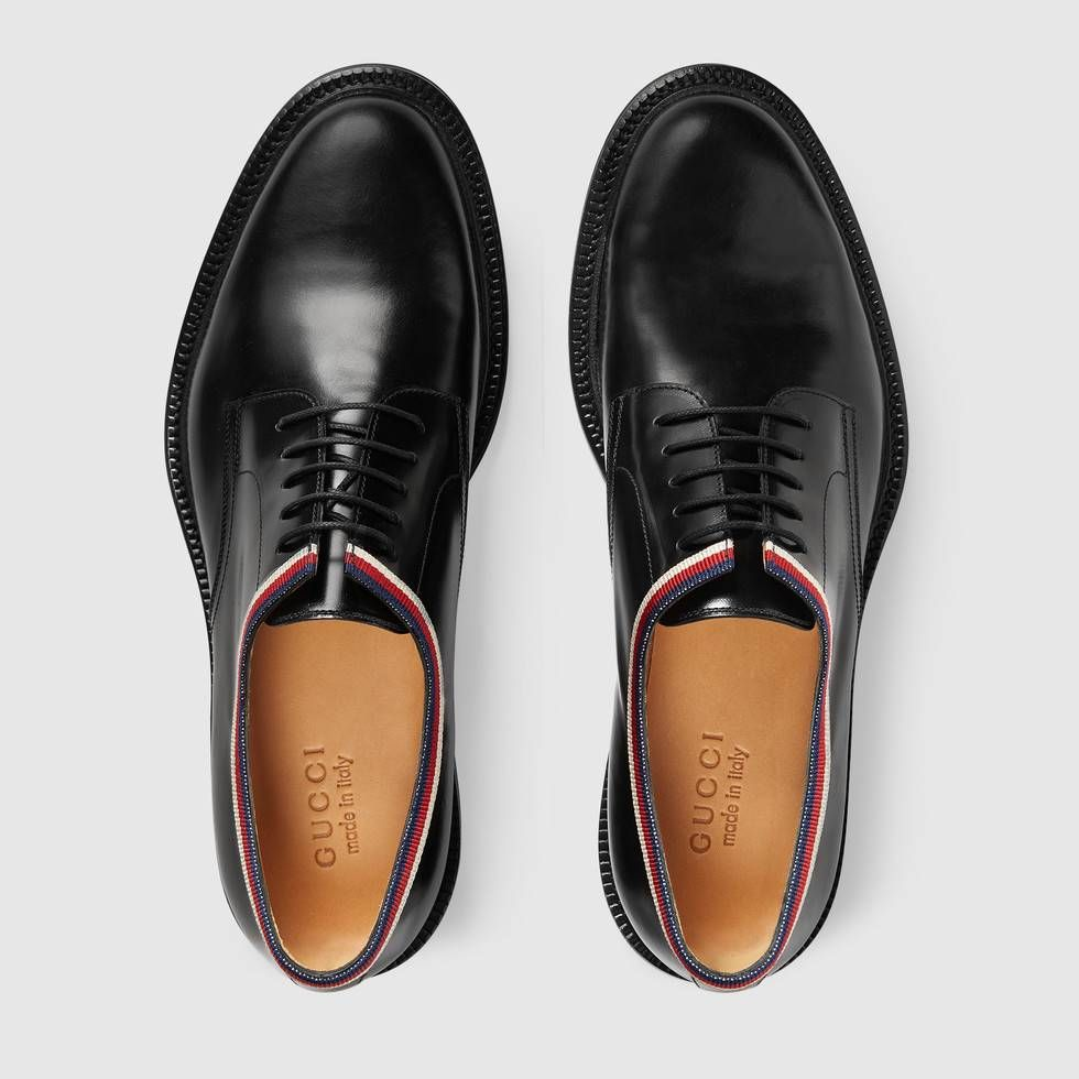 Shop The Leather Lace Up By Gucci A Lace Up Shoe In Smooth Shiny Leather Enriched With Grosgrain De Dress Shoes Men Black Lace Up Shoes Leather Wallet Design [ 980 x 980 Pixel ]
