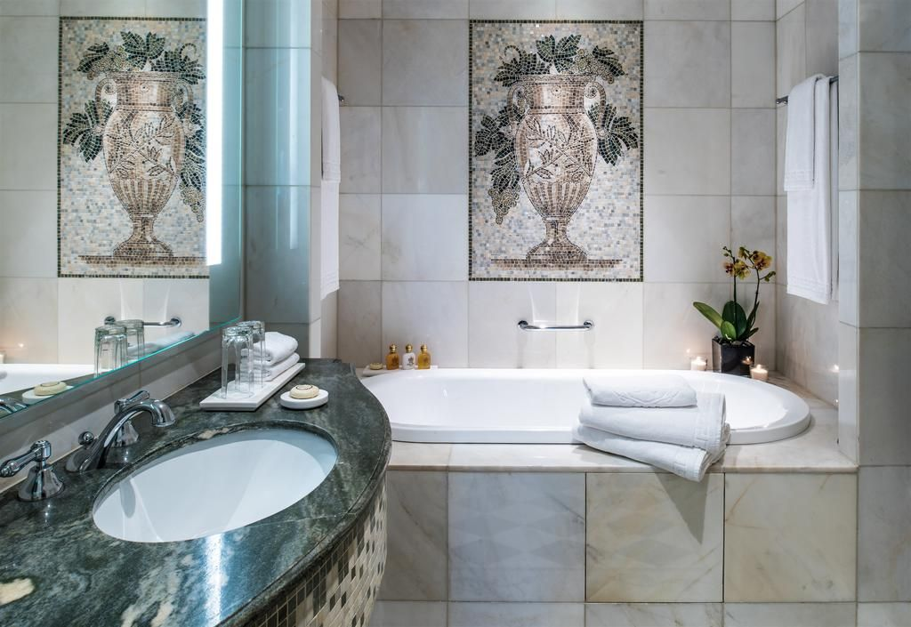Bathroom Lights Dubai madinat jumeirah, mina a salam, royal suite, master bathroom, hero