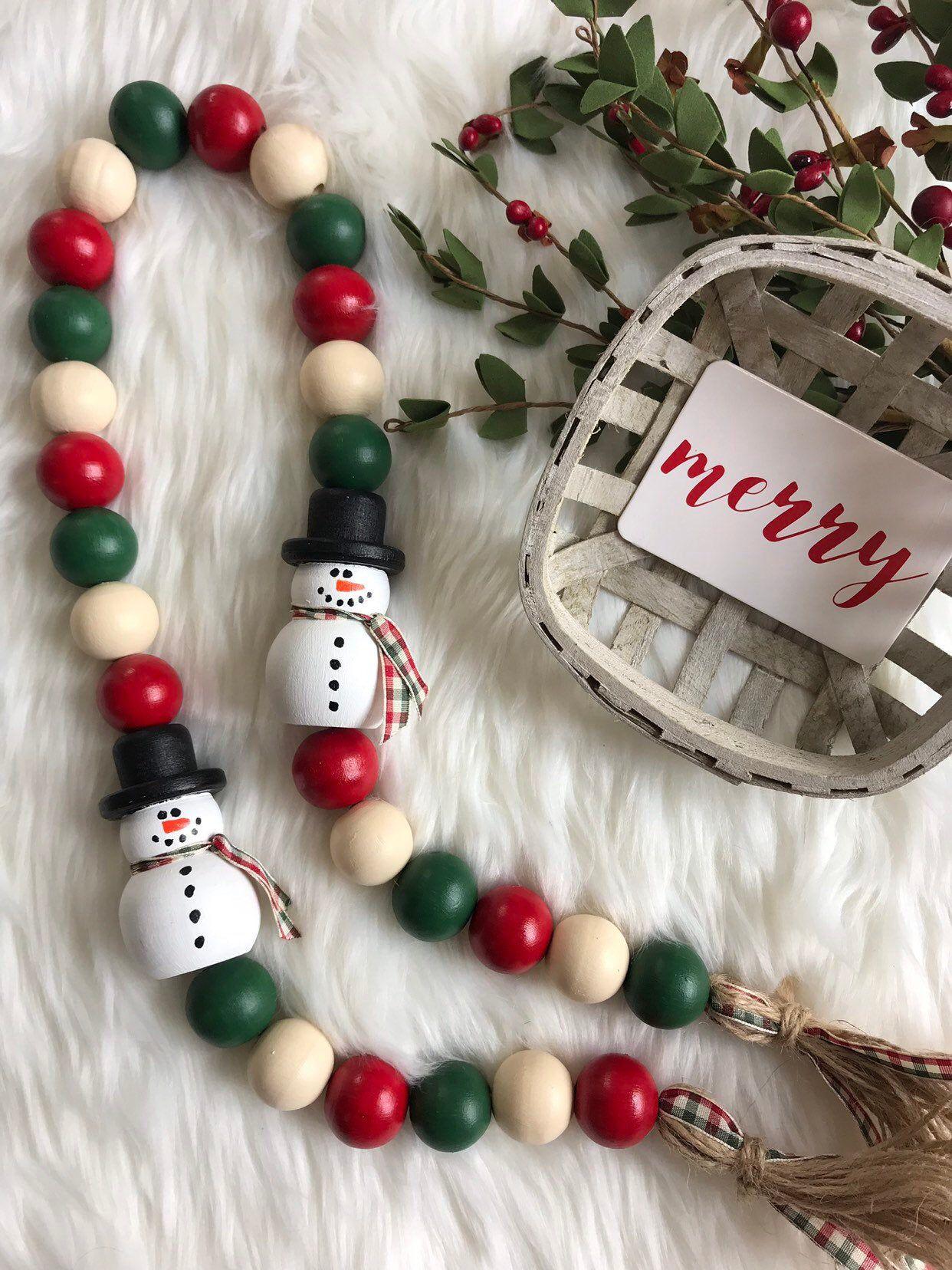 Snowman Wooden Farmhouse Bead Garland Etsy Wooden Bead Garland Beaded Garland Wood Beads Diy