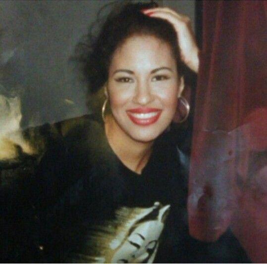 Beautiful Selena Quintanilla