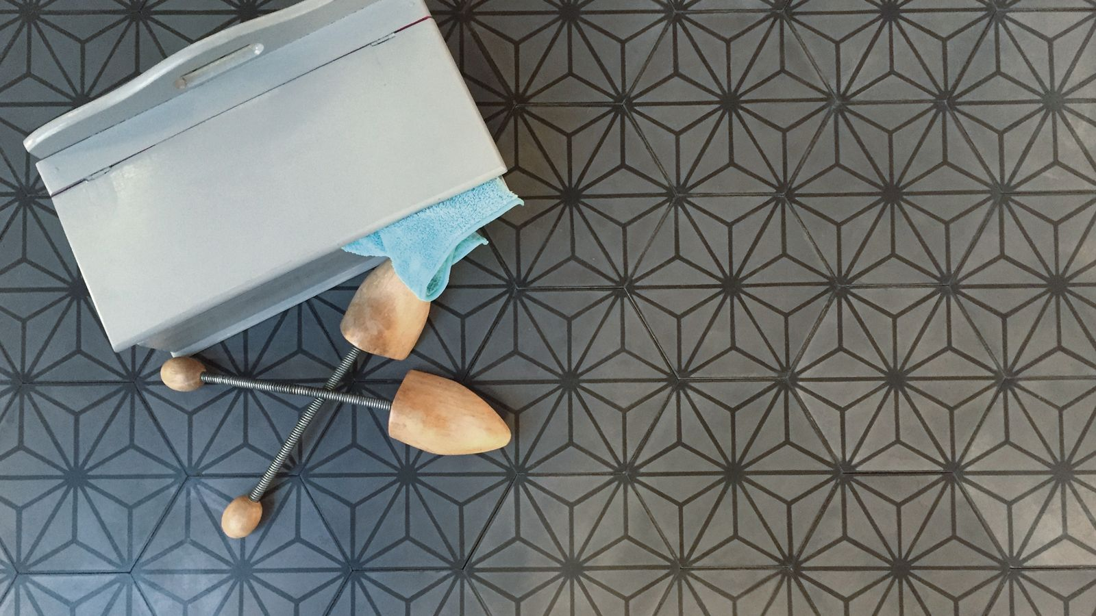 Via Zementfliesen via mosaikfliesen zementfliesen kreidefarbe terrazzoplatten bild