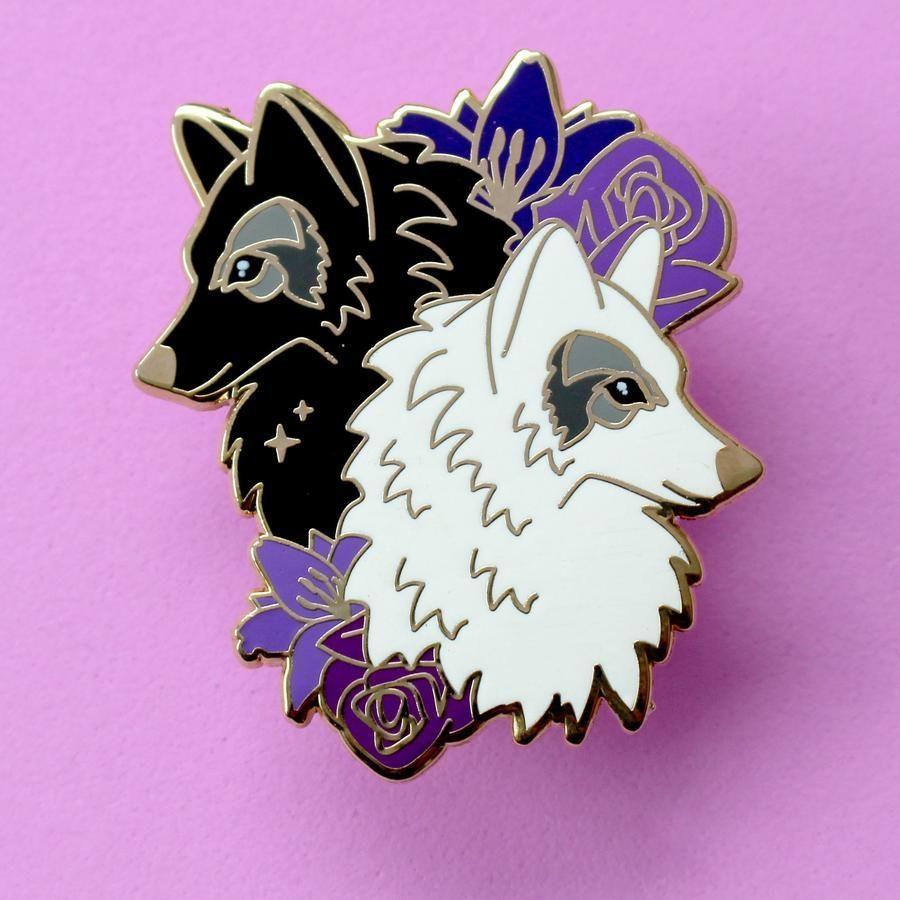 Photo of Wolf enamel pin