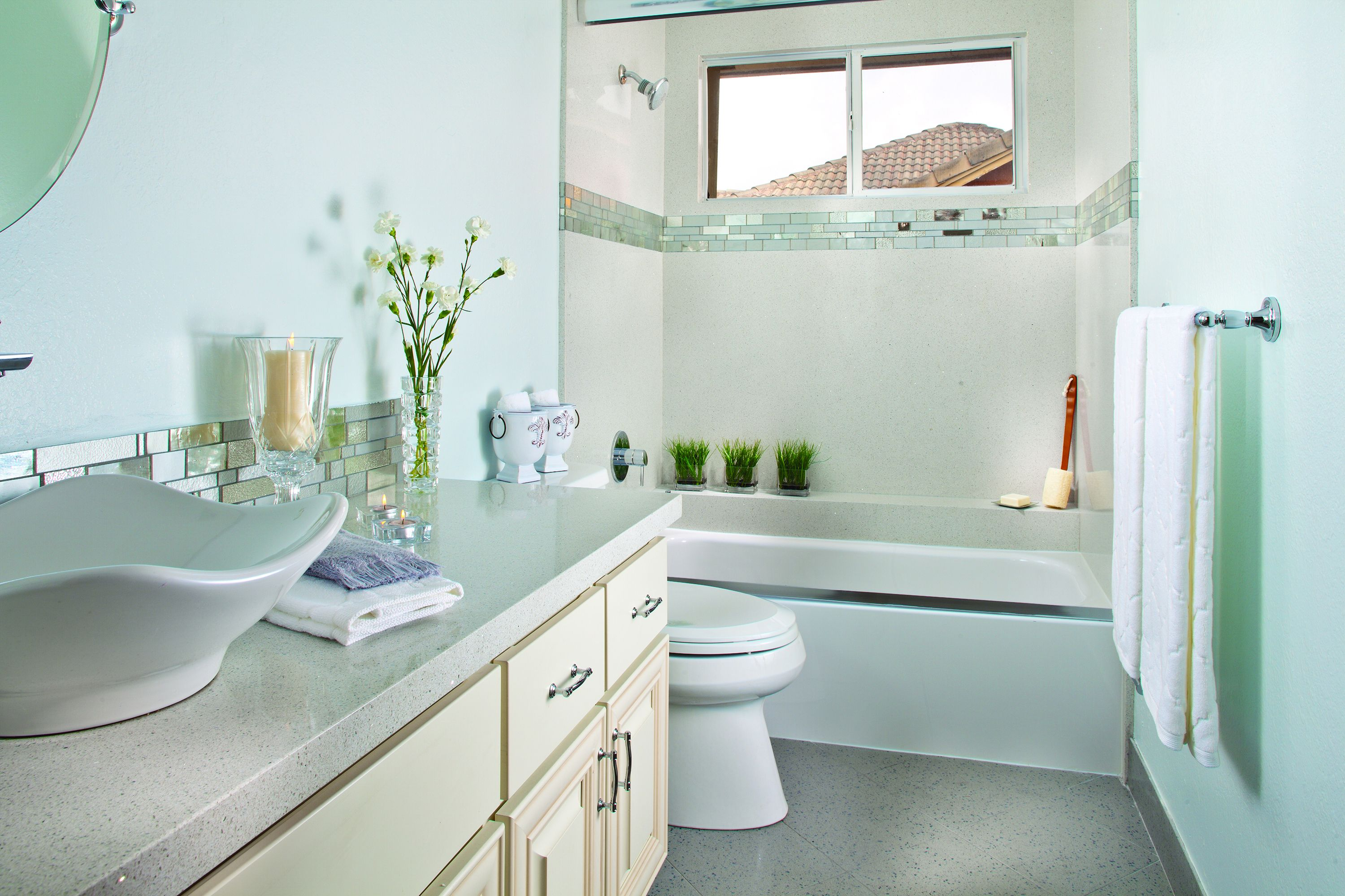 13 Choices What Colors Make A Bathroom Look Bigger You Need To Know Bathroom Small Bathroom Paint Small Bathroom
