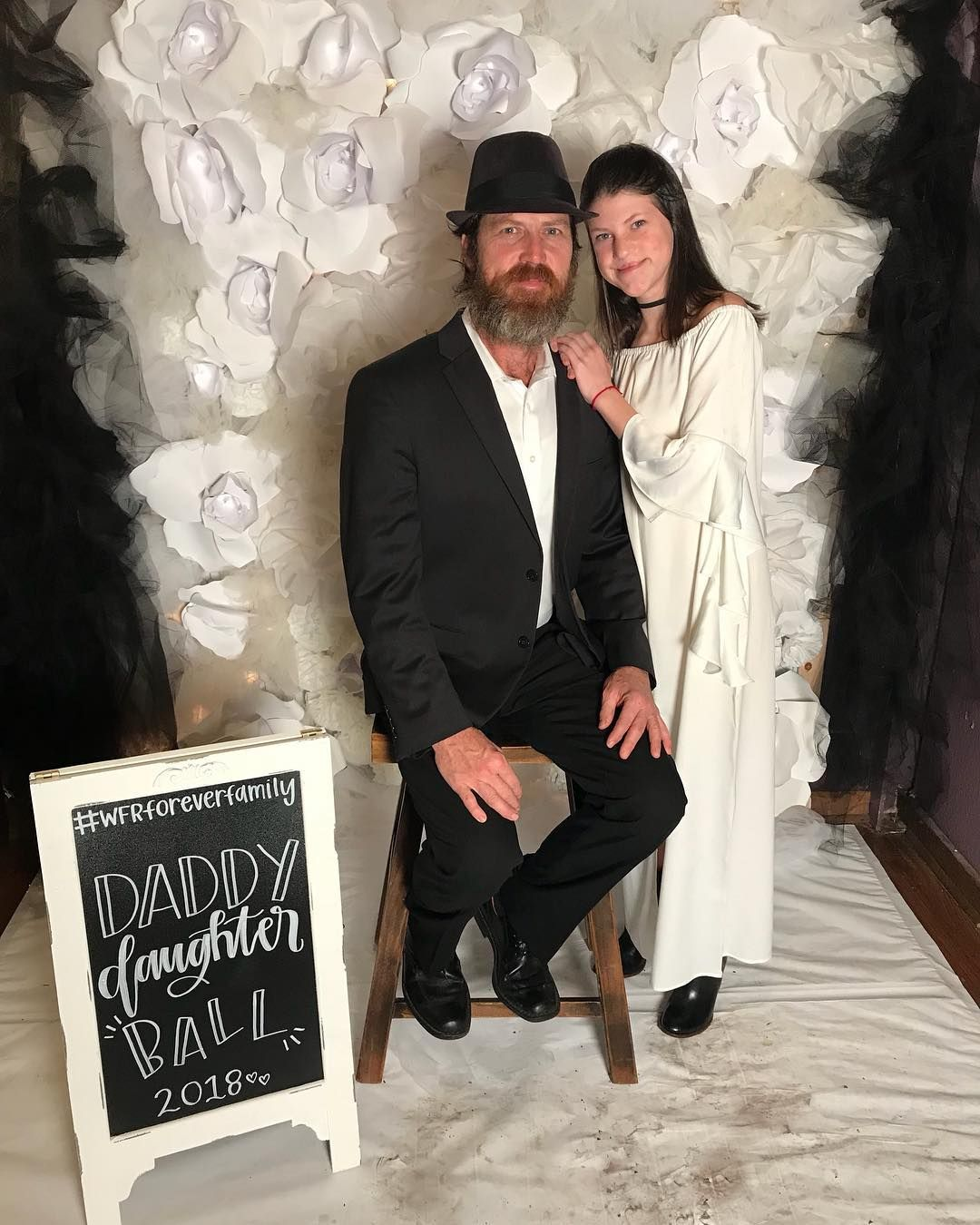 Jase Robertson with his daughter, Mia Robertson | Duck Dynasty ...