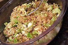 Salat - man sagt dazu Friß dich dumm Salat von blumengitte   Chefkoch #schnellepartyrezepte