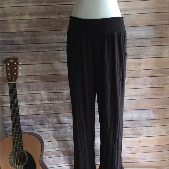 Summer Pants Gathered elastic waist wide leg pants. 96% rayon/ 4% spandex, super lightweight and flowy. Great for the beach or after a workout! Pants Wide Leg