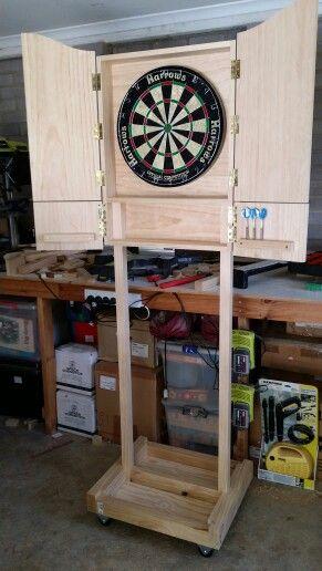 Mobile Dart Board Cabinet Mit Bildern Dartscheibe Holzbearbeitung Holz