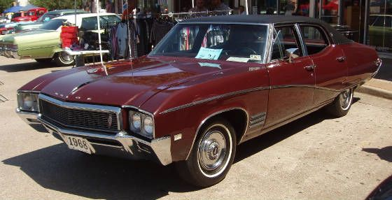 1968 Buick Skylark Custom 4 Door Sedan This Car Looks Exactly Like My Parents Car Same Color Model And All Love The Black Buick Skylark Mid Size Car Buick