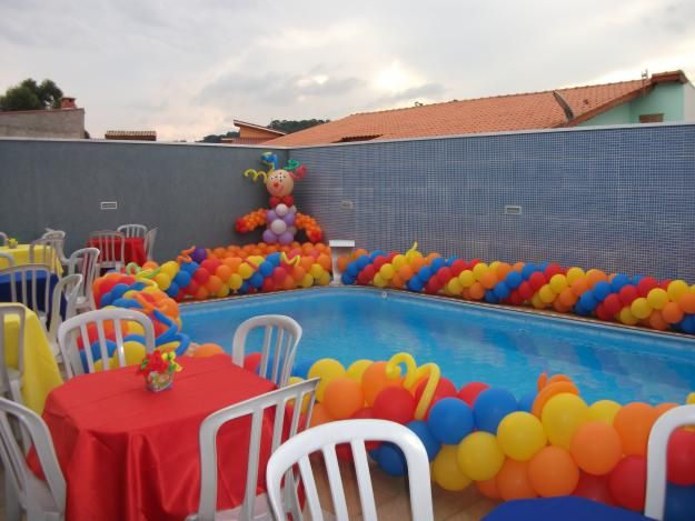 Pool Decorating Ideas 13 breathtaking ways to dress up a pool for a wedding Colorful Balloon Garland To Decorate The Pool For A Kids Birthday Part Not Bad