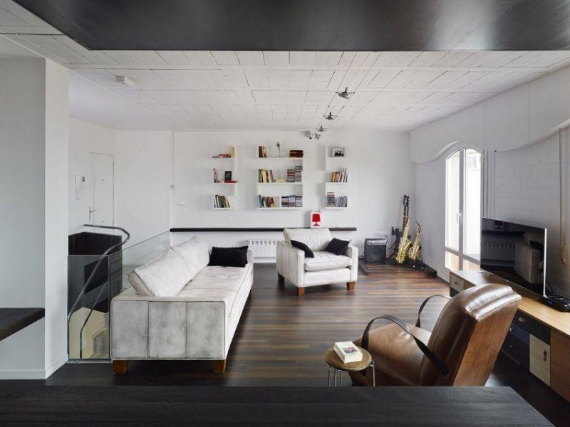Modernes Wohnzimmer mit Ledermöbeln und Holzdecke | Architecture ...