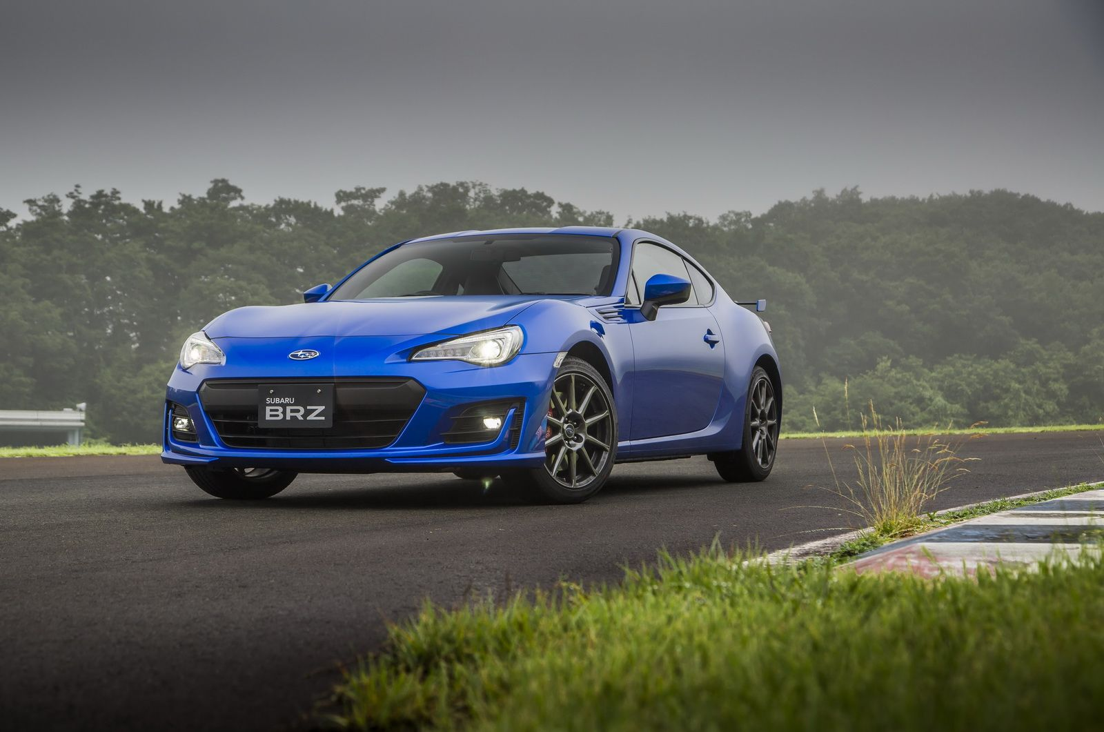 Take A Look At The 2017 Subaru BRZ With New Image Gallery