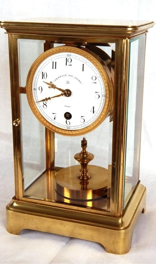 400 days clock vintage
