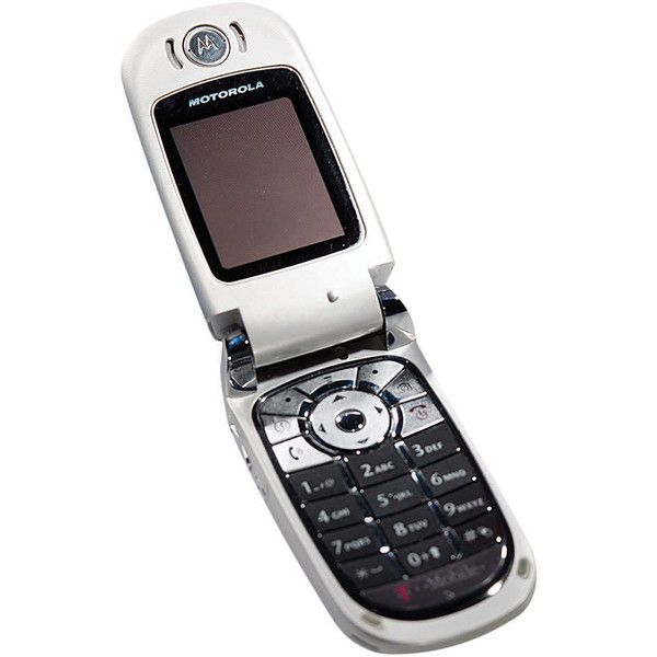 A Motorola Flip Phone 28 Gadgets And Gizmos Liked On Polyvore Featuring Filler Tech Phones And Gadgets Motorola Flip Phone Flip Phones Gadgets And Gizmos