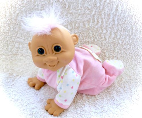 Baby Giggles Battery Operated Troll Collector RUSS  New