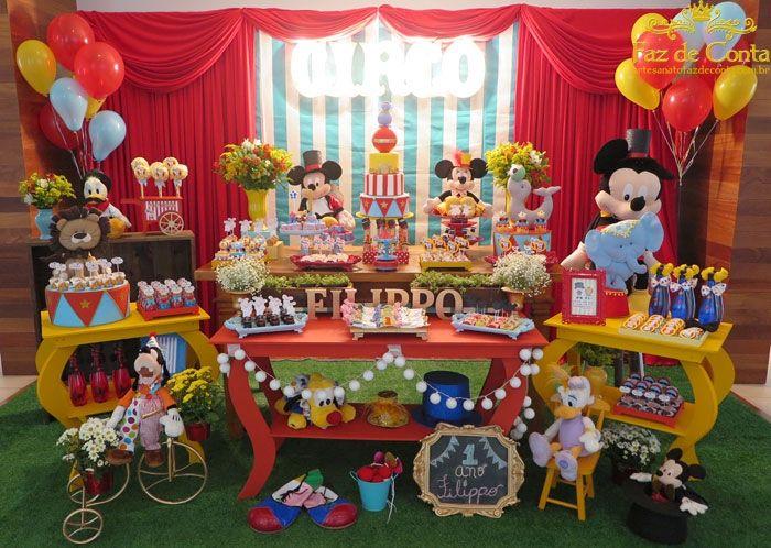 Tavolo Compleanno Topolino : Pin di marta tara su topolino festa feste a tema e