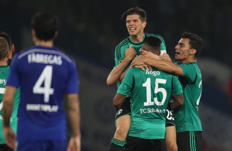 Schalke earns a point at #Chelsea thanks to Klaas-Jan Huntelaar's goal. #netherlands
