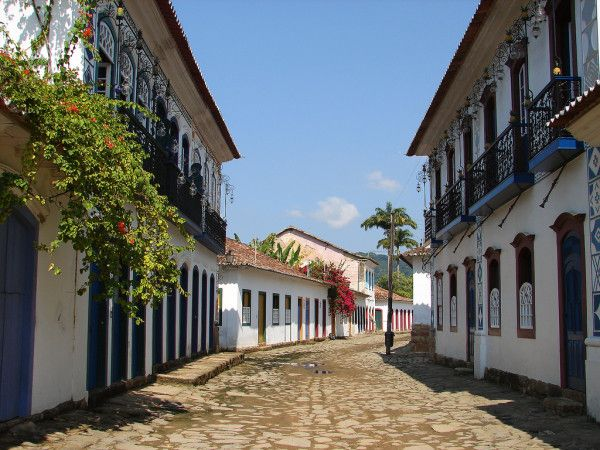 http://2backpackers.com/12523/south-america/brazil-travel-the-colonial-city-of-paraty